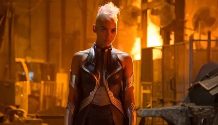 Imagem da tempestade em X-Men: Apocalipse