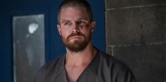 Imagem de Oliver Queen na 7ª temporada de Arrow