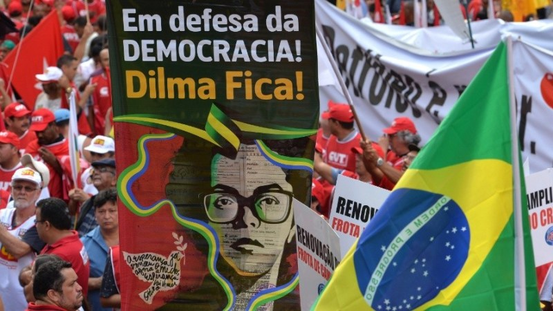 """Artistas participam de mobilização organizada pela """"Frente Brasil Popular"""""""