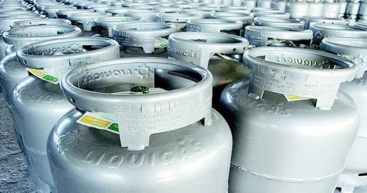 Petrobras reajusta preço do gás de cozinha em 6,9% a partir deste sábado