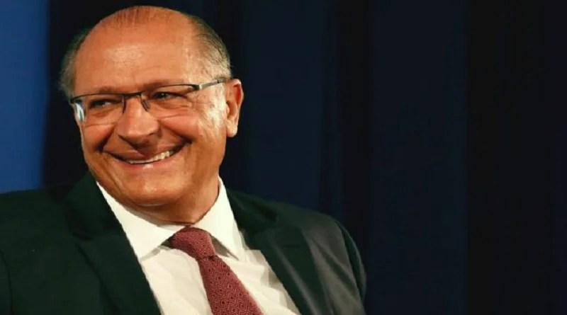 PSDB decide ficar neutro no segundo turno e libera apoio de filiados