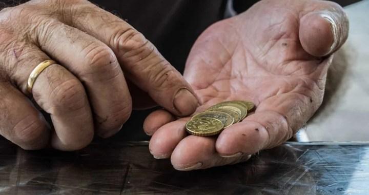Lei proíbe instituições financeiras de contratar empréstimos por telefone com aposentados da PB
