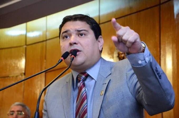 Vereador Renato Martins assume vaga na CMJP, após licenciamento de Tanilson Soares