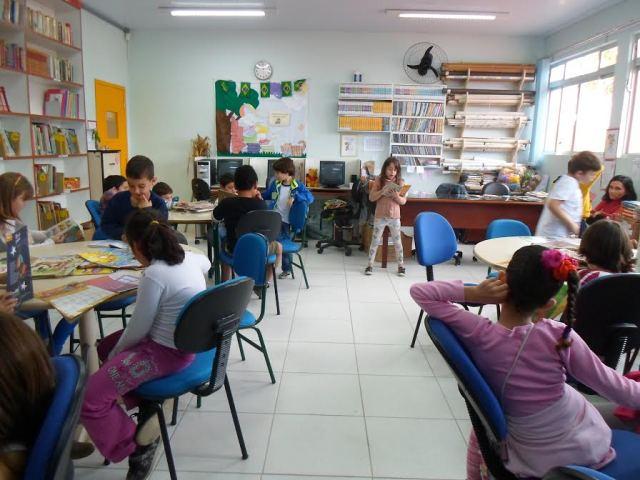 Escola Antônio Paschoal Apóstolo do Rio Vermelho realiza Feira do Livro
