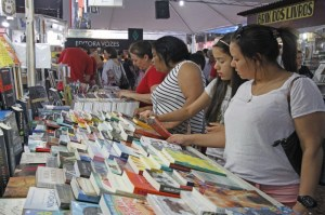 Isabel Allende participará da abertura virtual da 66ª Feira do Livro de Porto Alegre