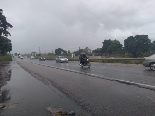 Chove em pelo menos 70 municípios cearenses