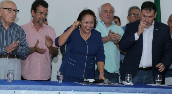 Caravana das Águas comemora retomada das obras da Transposição