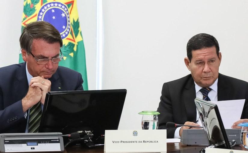 Isolamento? Renúncia? Impeachment? O que fazer com Jair Bolsonaro?