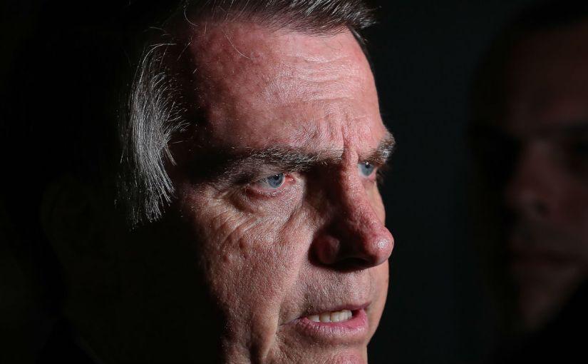 Enquanto Jair Bolsonaro torrava milhões com cloroquina, as UTIs ficavam sem medicamentos