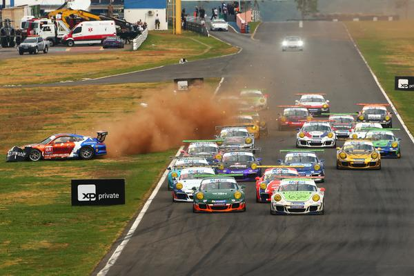 Equivoco Racing é finalista da Porsche Cup Brasil