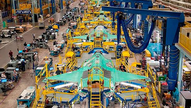 Linha de montagem do caça americano F-35A Lightning II, que será exportado para nove países