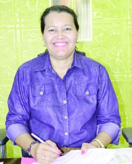 """""""Nós pensamos e temos como objetivo a promoção da autonomia das famílias, a partir da geração do empreendimento e seu desenvolvimento social e econômico"""", diz Adailza Crepaldi, da prefeitura de São Miguel do Araguaia"""