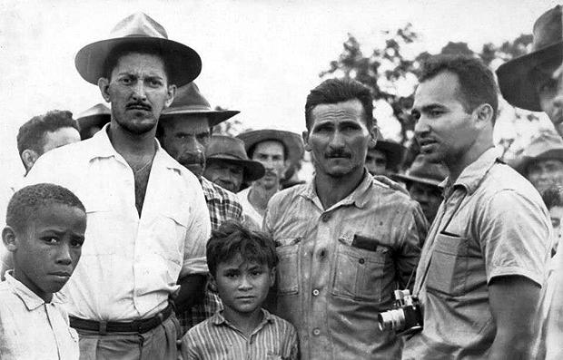 No centro da foto, José Porfírio, que desapareceu logo no início da ditadura: líder camponês, era acusado de ser comunista   Reprodução/Internet