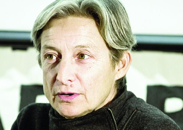 Judith Butler: para a filósofa norte-americana, o corpo não é feito de carne e osso, mas de discurso, que molda os sexos | Foto: Wikimedia Comms