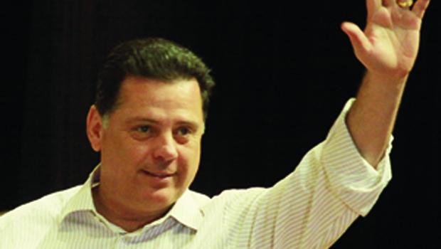 Além de partidos antes aliados a Friboi, mais prefeitos do PMDB devem apoiar Marconi