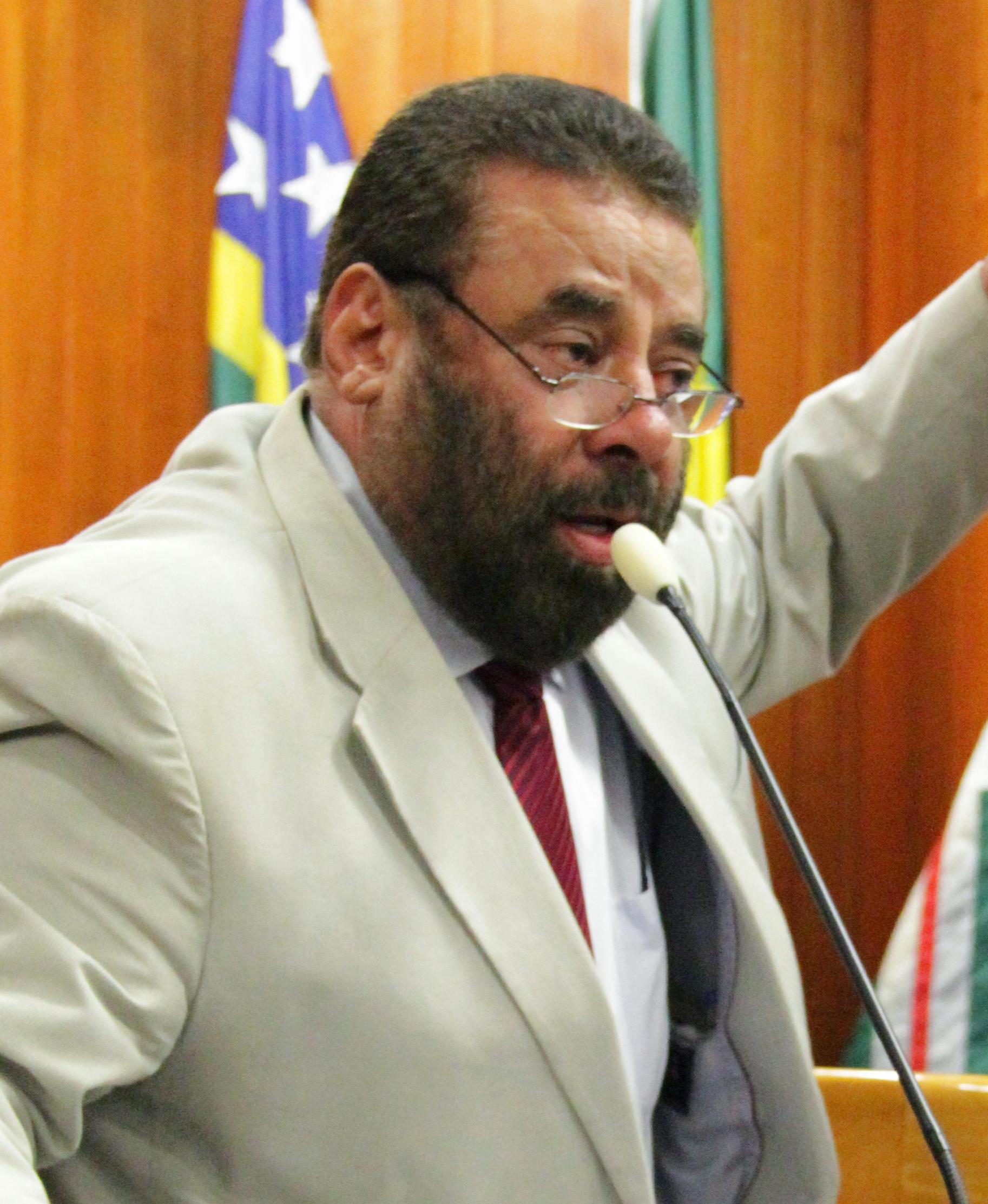 """Vereador critica novamente presidente da Comurg e o chama de """"almofadinha"""""""