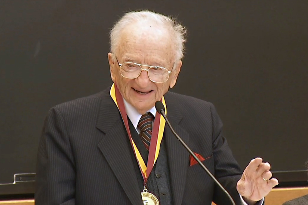 Benjamin Ferencz diz que nazistas julgados em Nuremberg não se arrependeram de seus crimes