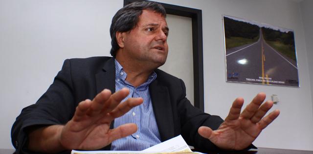 """Após Caiado lançar Iris prefeito, Rincón repreende: """"nem bem terminamos uma eleição e ele já quer começar outra!?"""""""