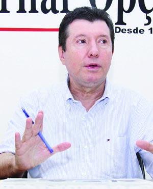"""Ex-deputado peemedebista José Nelto: """"Tentei aumentar o número de cartórios e realizar a CPI dos Cartórios, mas não consegui porque os  senhores deputados foram 'convencidos' pelos cartorários a não fazê-lo"""" / Foto: Fernando Leite - Jornal Opção"""