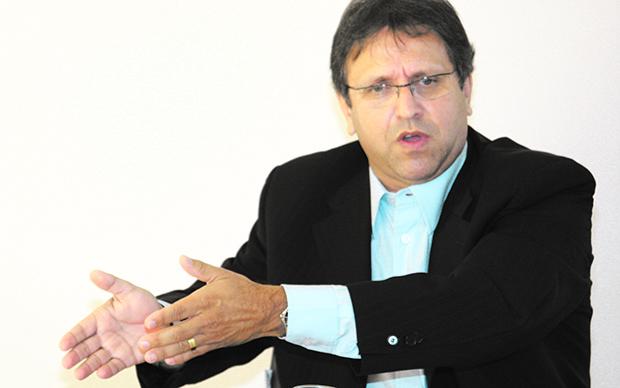 Ex-governador Marcelo Miranda tem os melhores índices nas pesquisas de intenção de voto / Foto: Edilson Pelikano