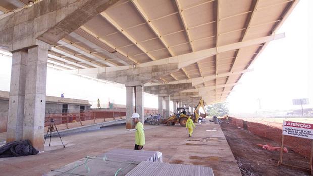 Com as obras adiantadas, centro de convenções pode ser entregue no fim de 2014 | Foto: Fernando Leite/Jornal Opção