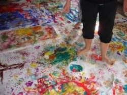 A arte pode se unir a terapia e auxiliar no tratamento de problemas emocionais | Foto: Reprodução/Catraca Livre