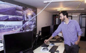 Central de monitoramento, ainda em instalação, terá 134 câmeras | Foto: Fernando Leite/Jornal Opção