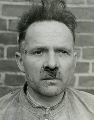 Rudolf Höss, o comandante de Auschwtiz, admitiu que foi responsável pelo assassinato de pelo menos 2,5 milhões de pessoas, a maioria delas judias. Ele foi enforcado, em 1947, na Polônia. Foto: The Telegraph