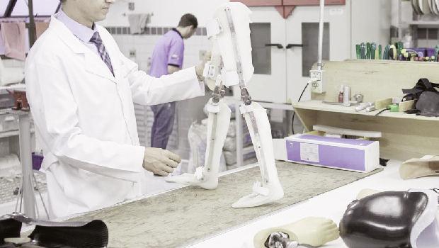 Irregularidades no mercado de próteses encarecem ainda mais a já prejudicada saúde no Brasil