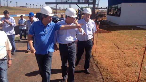 Marconi Perillo vistoria obras do governo estadual a serem inauguradas neste ano