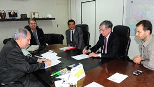 Celg D firma acordo com TJGO para a disponibilização de dados dos consumidores da empresa