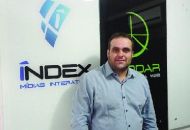 Bruno Carneiro expõe suas duas empresas, Raddar e Index, na Feira  do Empreendedor, mostrando  que a inovação merece apostas | Foto: Arquivo Pessoal