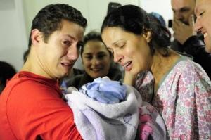 Barbará foi recebida com emoção. | Foto: Carlos Macedo/Agencia RBS