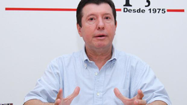 No primeiro dia de julgamentos, José Nelto tem candidatura deferida pelo TRE-GO