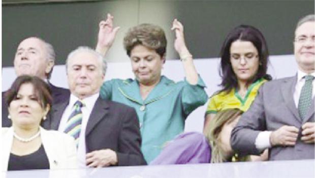 Presidente Dilma Rousseff no estádio Itaquerão, na abertura da Copa do Mundo: discrição com medo de vaias | Foto: Reprodução