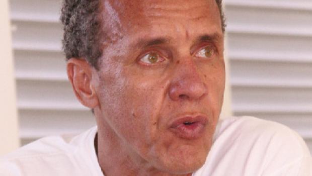 O marqueteiro goiano que pode derrotar Duda Mendonça na Colômbia