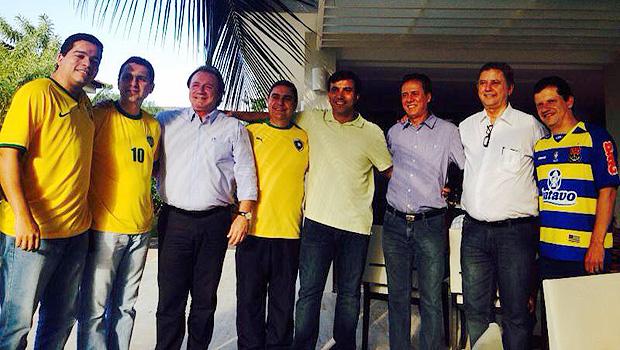 Júnior Friboi e sua seleção de políticos. Foto: Reprodução/Facebook