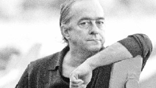 inicius de Moraes:  um os mais conhecidos poetas e compositores brasileiros