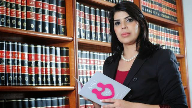 Advogada Cynthia Barcellos