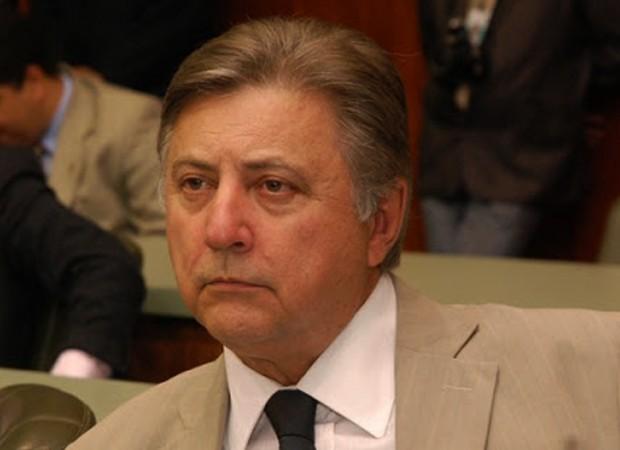 Francisco Gedda deve ser o vice de Vanderlan Cardoso