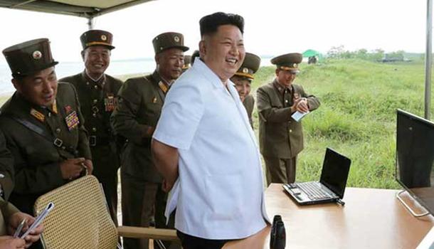 Coréia do Norte lança dois mísseis rumo ao Mar do Japão