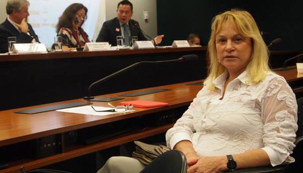 Magda Mofatto anuncia apoio de presidente do Pros à sua possível candidatura à vice de Marconi, e é desmentida