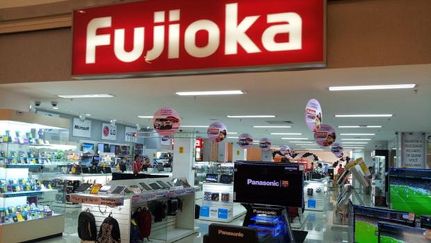 Fujioka terá que pagar R$ 10 mil a funcionário com deficiência auditiva que sofria bullying no trabalho