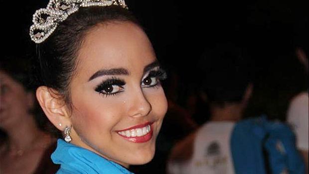 Bailarina goiana Amanda Gomes é a primeira brasileira a ser contratada por companhia de dança russa