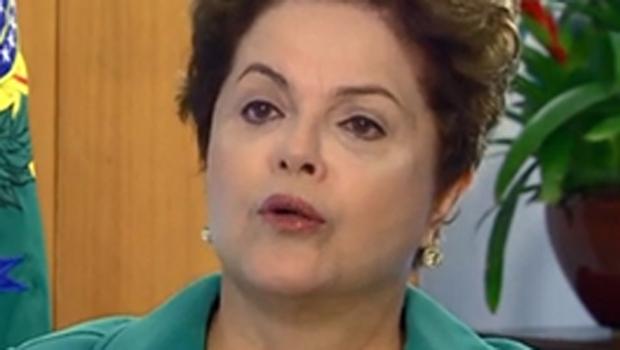 Dilma diz que governo quer modernizar e não comandar o futebol