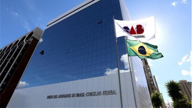 Em nota, OAB repudia constrangimento a casais gays em restaurantes de Goiânia