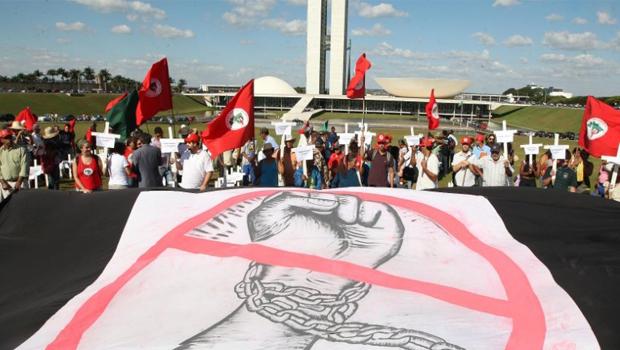 MST pressiona Congresso para regulamentar emenda do trabalho escravo