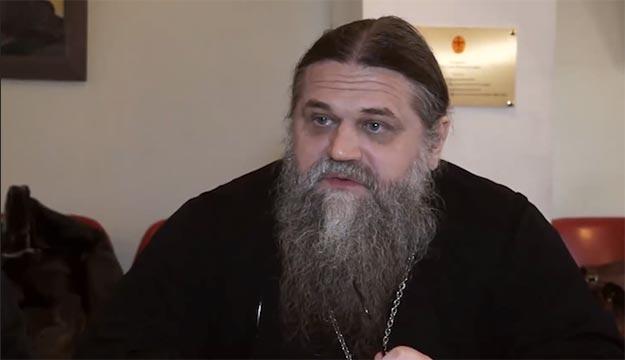 """Padre ortodoxo russo diz que Copa no Brasil é uma """"abominação homossexual"""""""