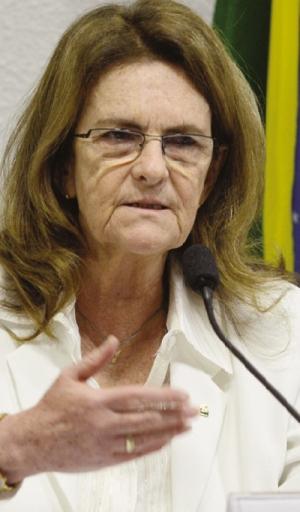 Presidente da Petrobrás,  Graça Foster: manobra  para evitar bloqueio de bens | Foto: Antonio Cruz/Agência Brasil