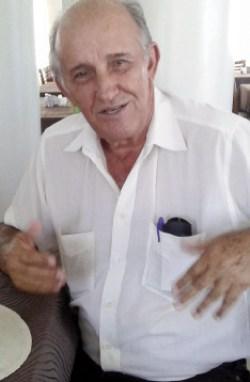 Leitores elogiam Derval de Paiva